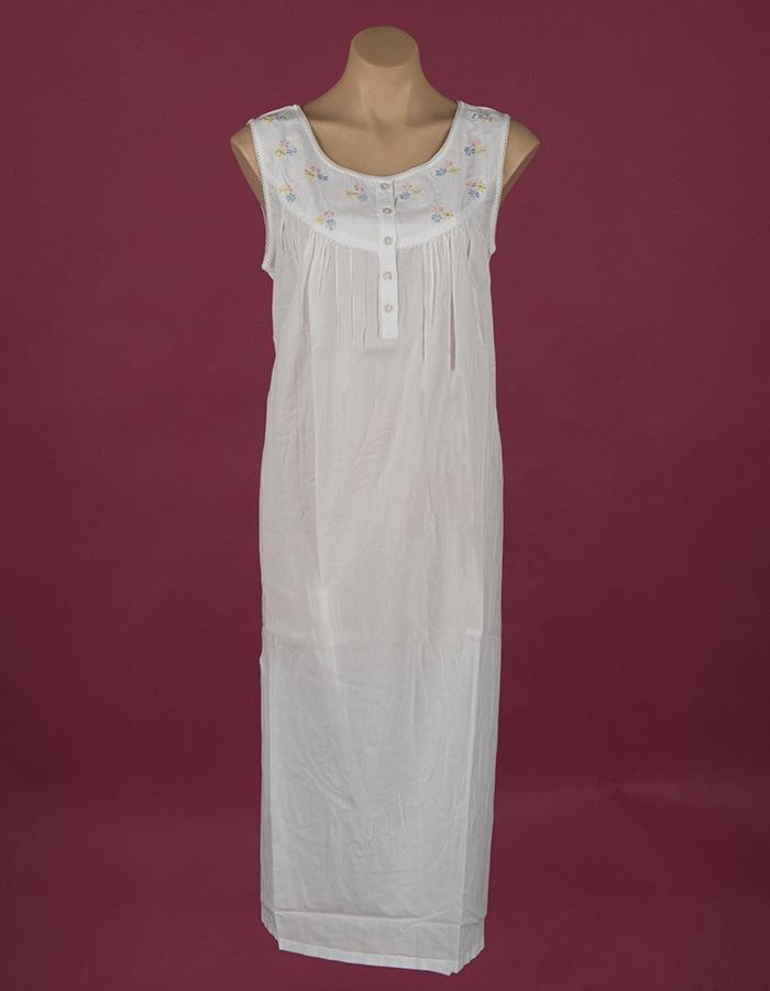 Star Dreamer nightgown