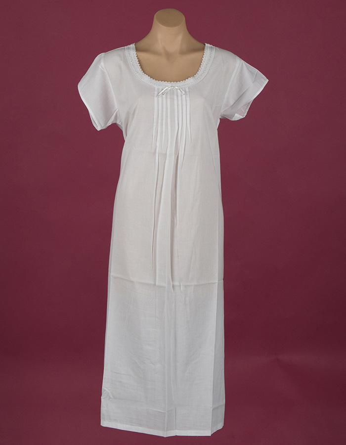White cotton night dress, pin-tucked bodice Cap sleeves ¾ length Star Dreamer