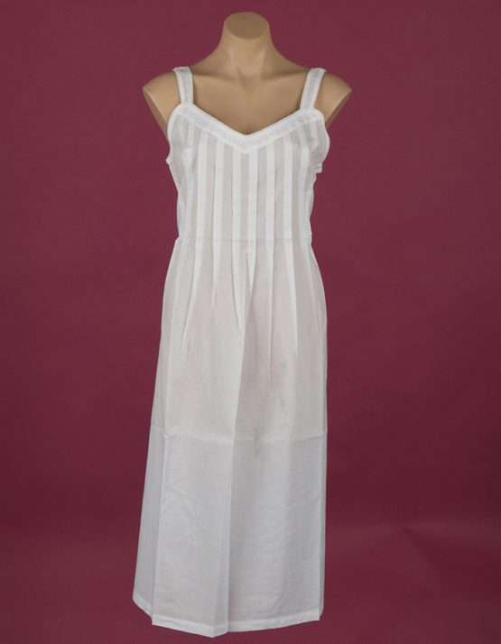 Star Dreamer White cotton nightgown Embroidery on yoke ¾ length Dawhaven Australia