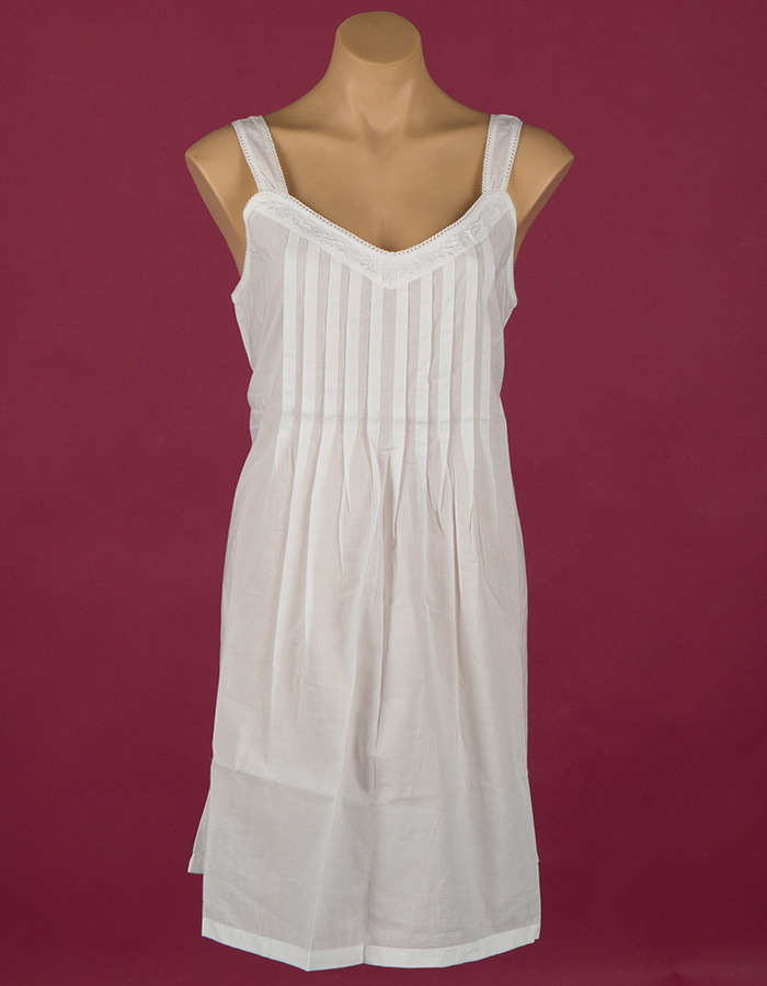 Star Dreamer short cotton nightgown, white embroidery, pin tucks and lace. Dawhaven Australia
